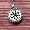 "Аромакулон ""Хризантема со стразами"" круг 22 мм на магнитном замке металлический"